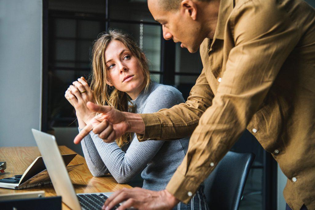 A munkaerő mostanában kritikus fontosságú problémává vált a vállalkozások számára. Mitől lehet vonzó egy munkavállaló számára egy kkv?